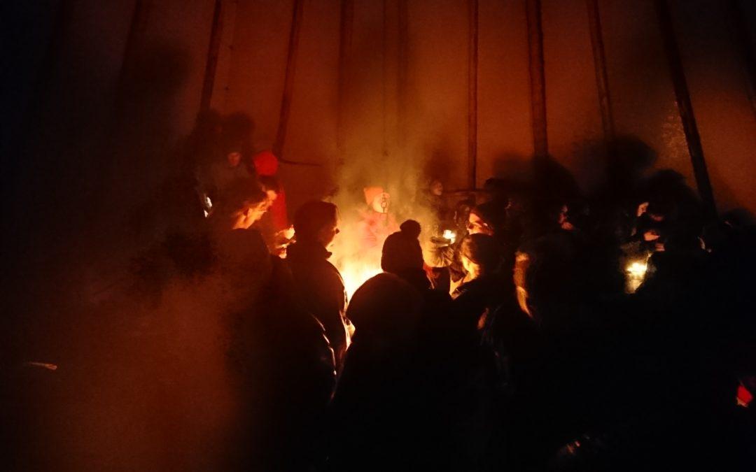 Tenåringer i fyr og flamme for Prosjekt Håp